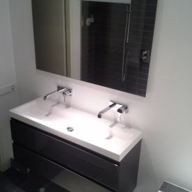 modern sink placement